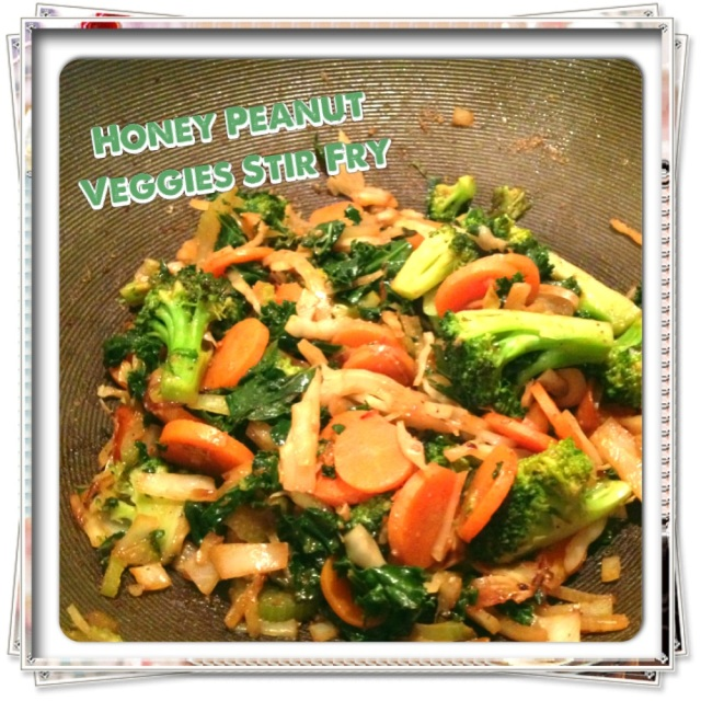 Honey Peanut Veggies Stir Fry - Tartine & Maple
